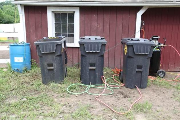 aerated trash bins system